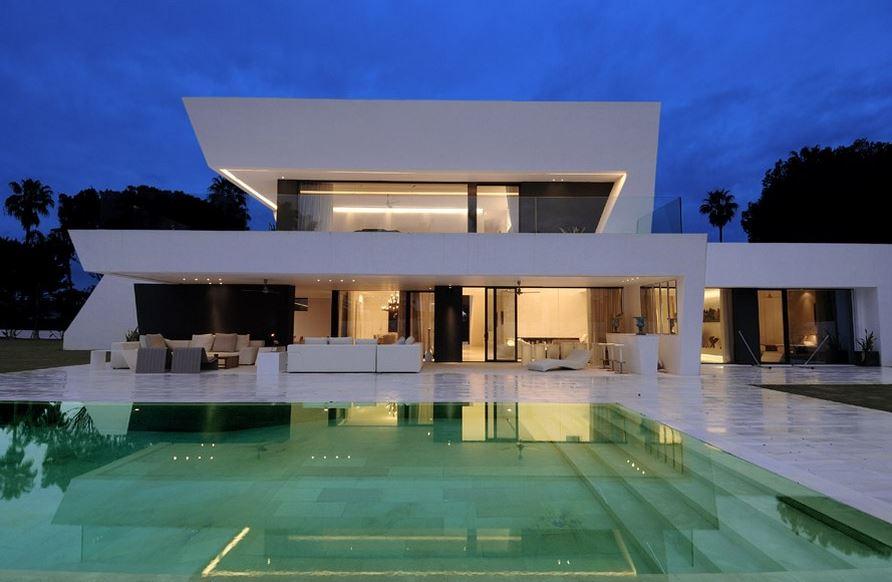 LuxuryProperty.jpg